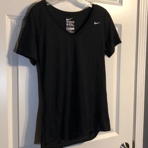 Nike dry fit workout tee size M